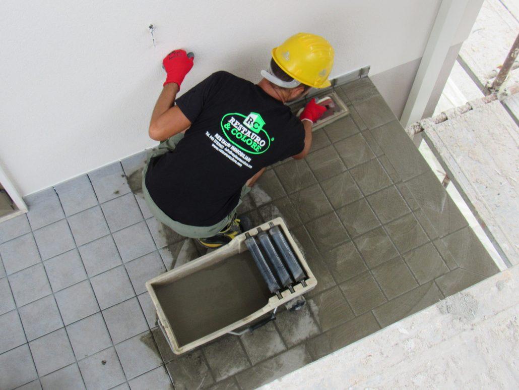 Stuccatura pavimenti